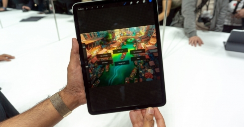 Cận cảnh iPad Pro mới, chiếc tablet có thiết kế toàn màn hình của Apple