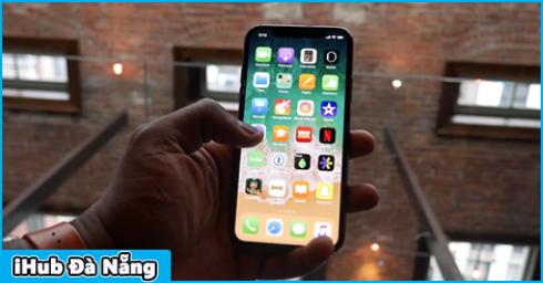 Ngày đầu cho đặt hàng tại Hàn Quốc, iPhone X đã cháy hàng ngay trên sân nhà Samsung