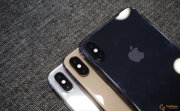 iPhone XS với 3 màu: Vàng Gold, Xám và Trắng