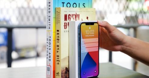 'Nút ẩn' mới trên iOS 14 nhạy đến mức ốp 4-5 cuốn sách sau iPhone vẫn nhận lệnh, miễn bạn có lực gõ đủ mạnh