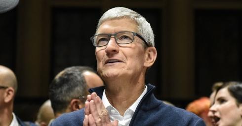 Công việc của người đứng đầu Apple - Tổng giám đốc điều hành TimCook vào mỗi buổi sáng là gì?