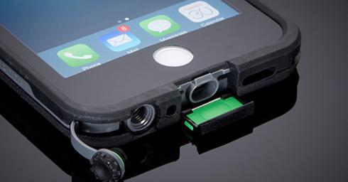 iPhone trong tương lai sẽ kháng nước tốt hơn kể cả khi đang cắm phụ kiện